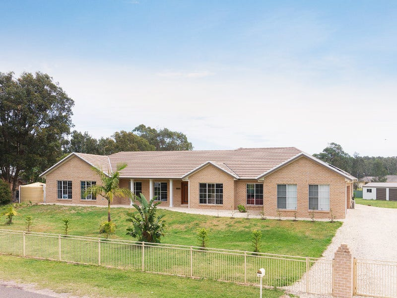 18 Eucalyptus Drive, One Mile, NSW 2316