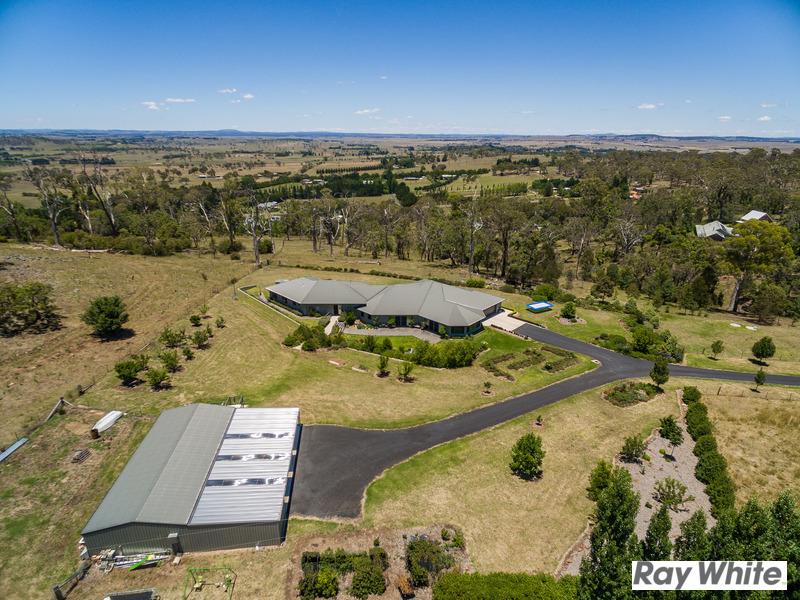 98 Lynland Drive, Armidale, NSW 2350