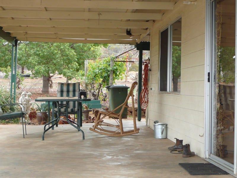 68 Fitzgerald Terrace, Toodyay, WA 6566
