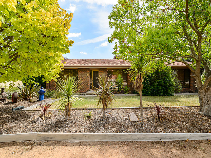 2 Gellatly Place, Gilmore, ACT 2905