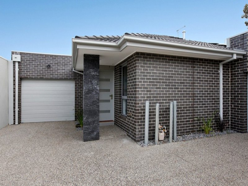 2/51 First Avenue, Altona North, Vic 3025