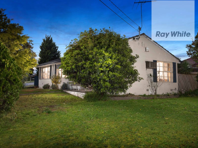 219 Greenwood Drive, Bundoora, Vic 3083