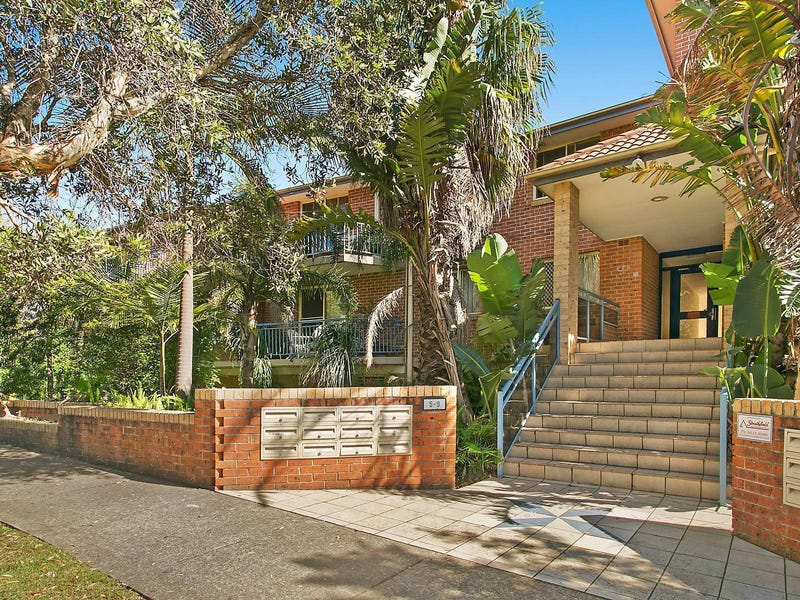 14/5 Marlene Crescent, Greenacre, NSW 2190
