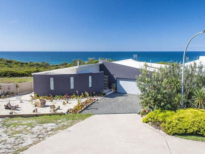 26 Dolphin Cove Drive, Tura Beach, NSW 2548