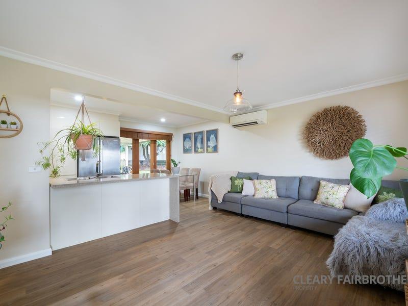 4 McKenzie Place, West Bathurst, NSW 2795