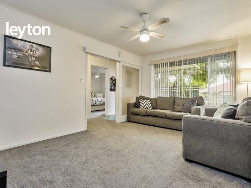 20 Charnfield Crescent, Noble Park, Vic 3174