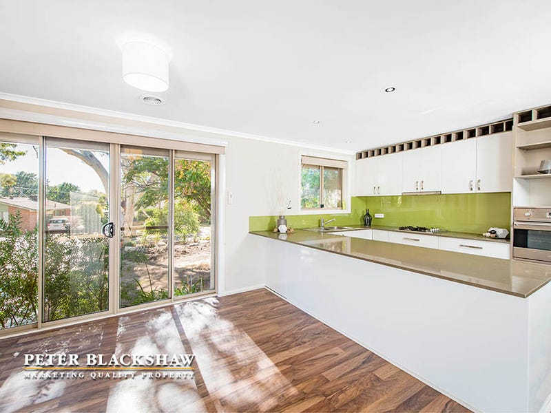 10 McBeath Place, Kambah, ACT 2902