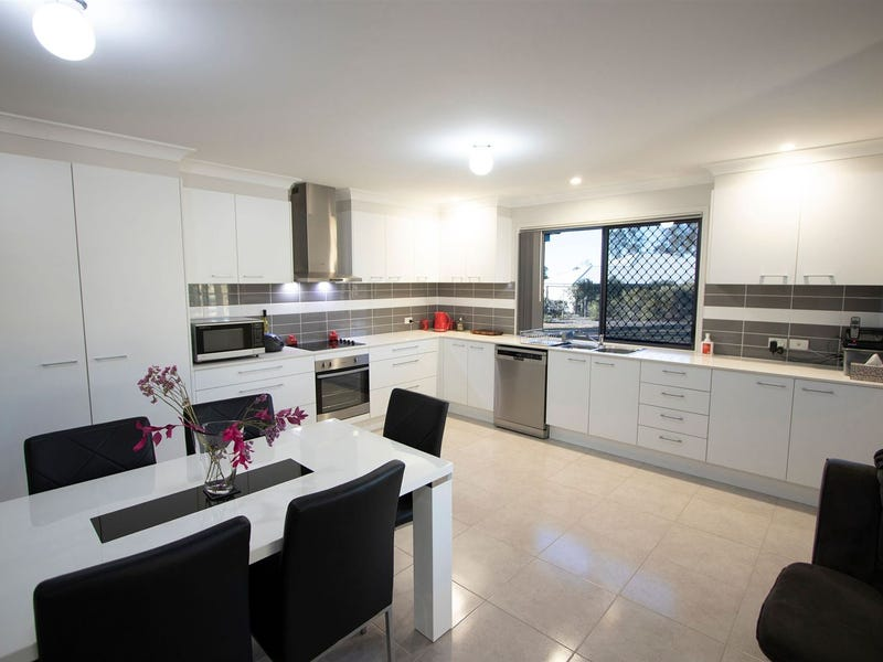 17 Kerry View Court, Forest Hill, Qld 4342