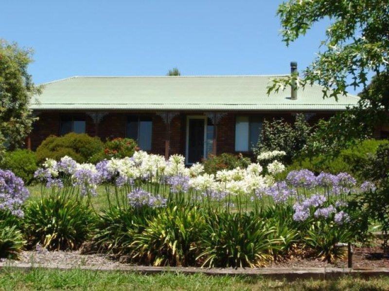 201 Errowanbang  Rd, Carcoar, NSW 2791