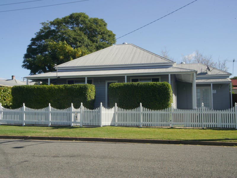 17 Mayfield St, Cessnock, NSW 2325