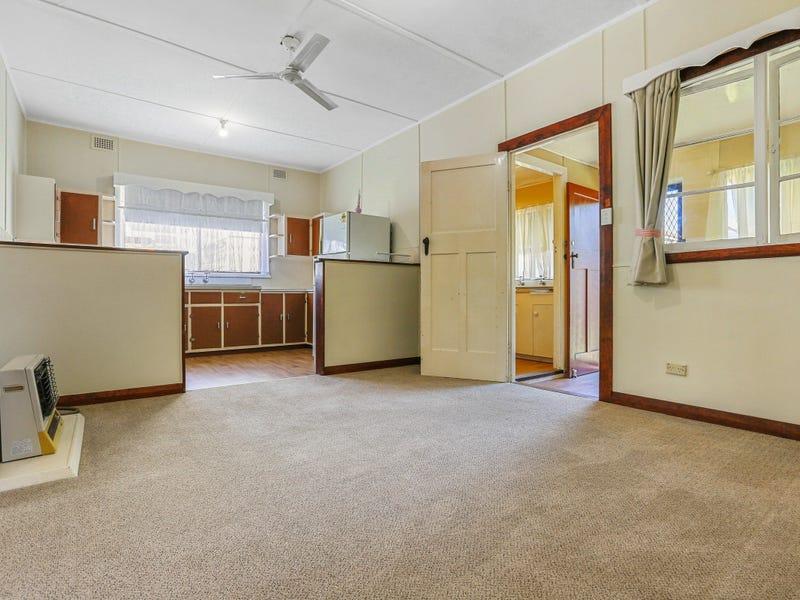 49 Eden Street, Bega, NSW 2550
