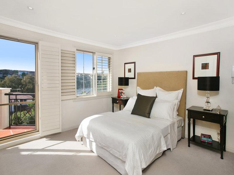 12 Waruda Place, Huntleys Cove, NSW 2111