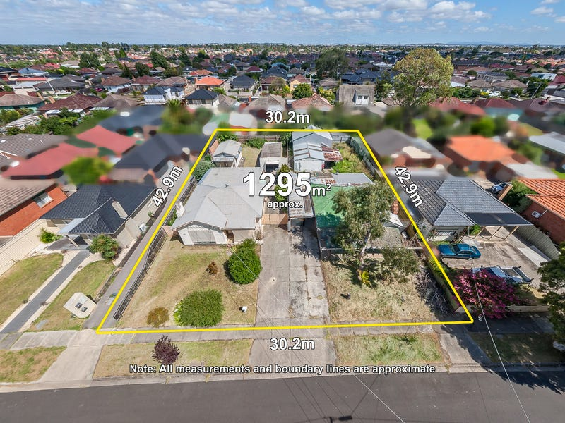 7 Pine Street, Thomastown, Vic 3074