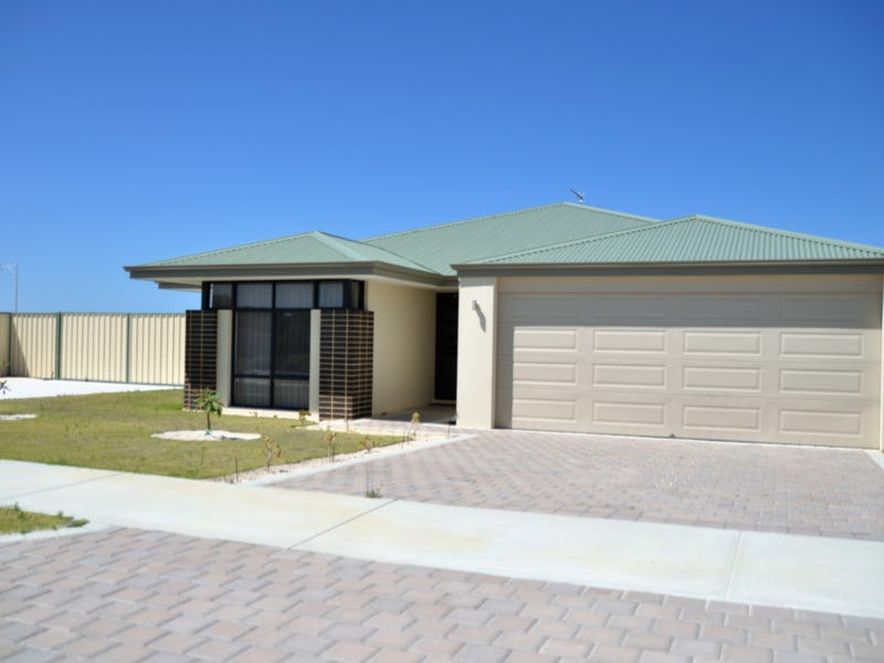 30 Hamelin Avenue, Lancelin, WA 6044