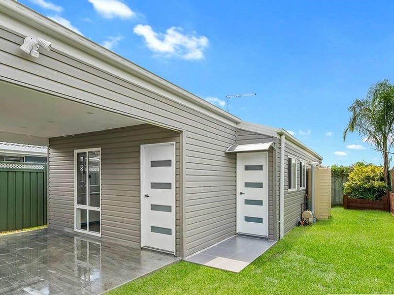 20a Sandpiper Cres, Claremont Meadows, NSW 2747