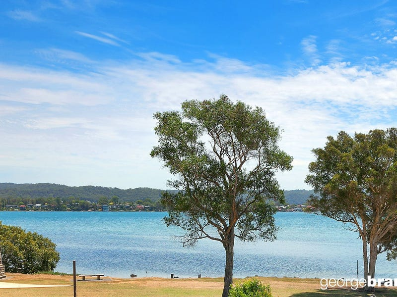 1A Bayside Drive, Green Point, NSW 2251