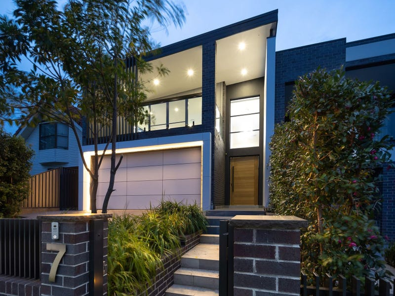 7 Lorraine Avenue, Padstow Heights, NSW 2211