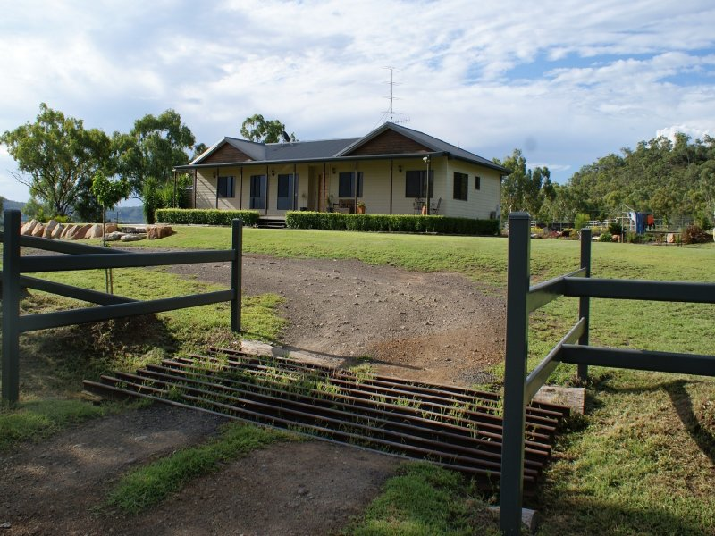 6 Gap Road, Springsure, Qld 4722