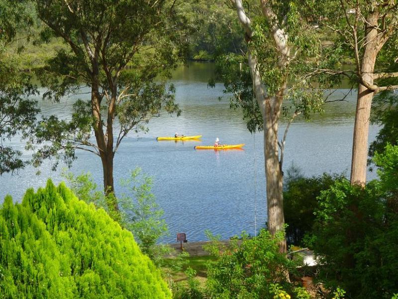 23 Sproxtons Lane, Nelligen, NSW 2536