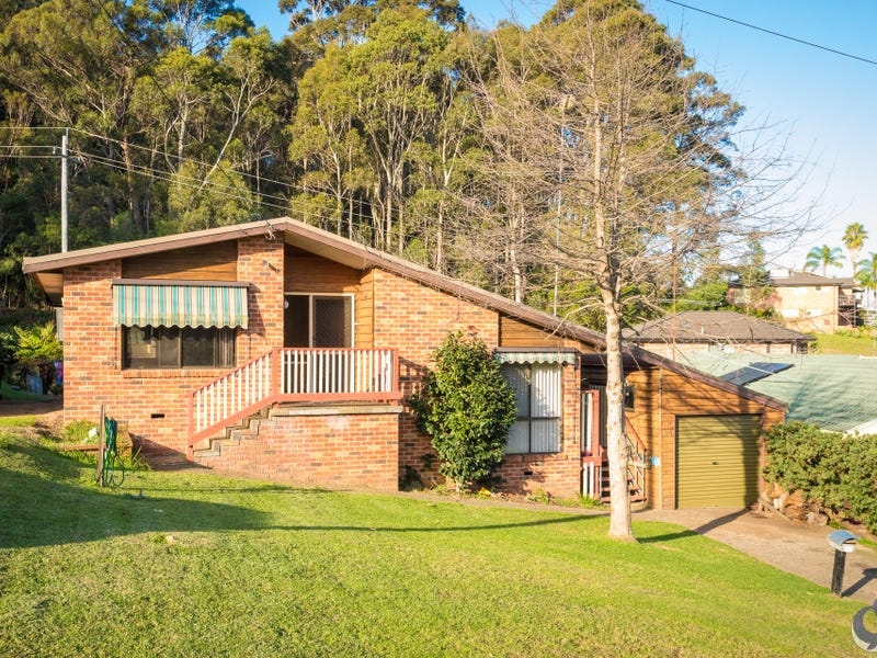 54 Fishermans Crescent, North Narooma, NSW 2546