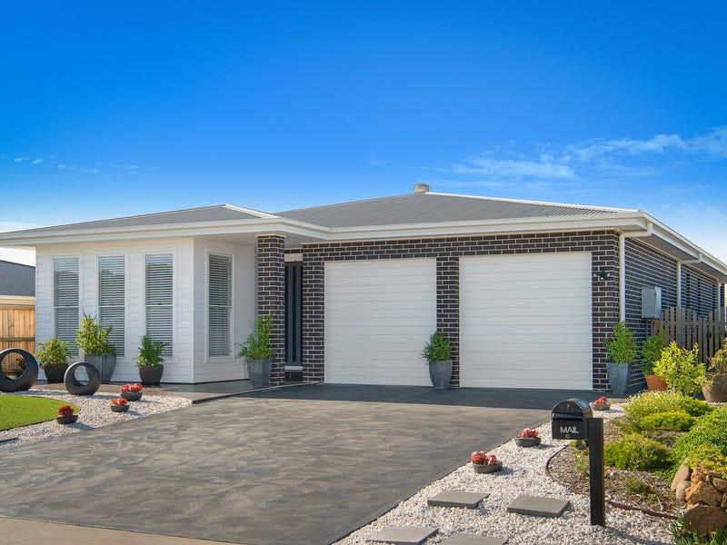 10 Arnold Crescent, Kiama, NSW 2533