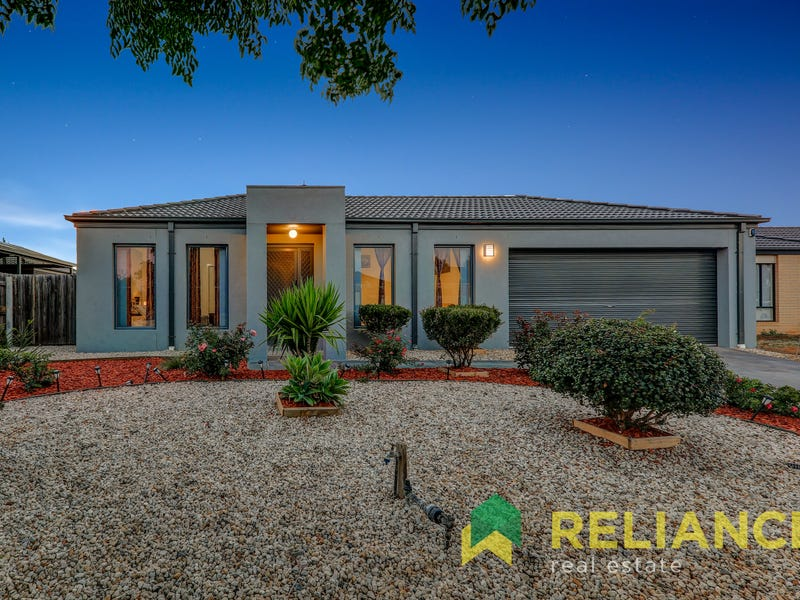 26 EQUINE CIRCUIT, Melton South, Vic 3338