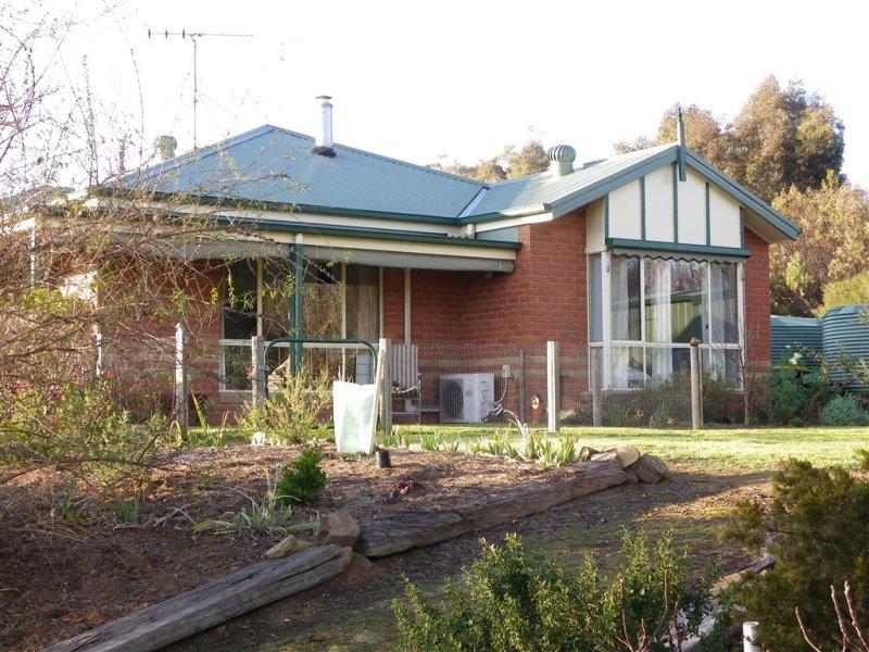 73 Tarrleah Drive, Sedgwick, Vic 3551