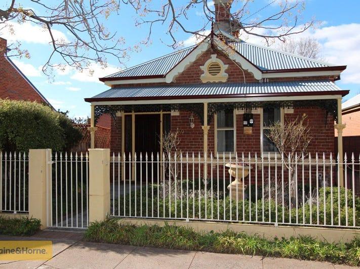 169 Keppel Street, Bathurst, NSW 2795