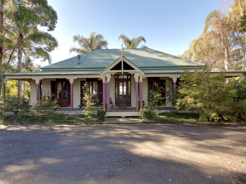 3 Charltons Creek Rd, Berrilee, NSW 2159