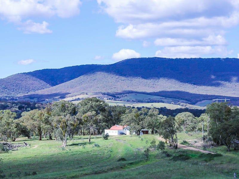 172 Mersing Road, Glanmire, NSW 2795