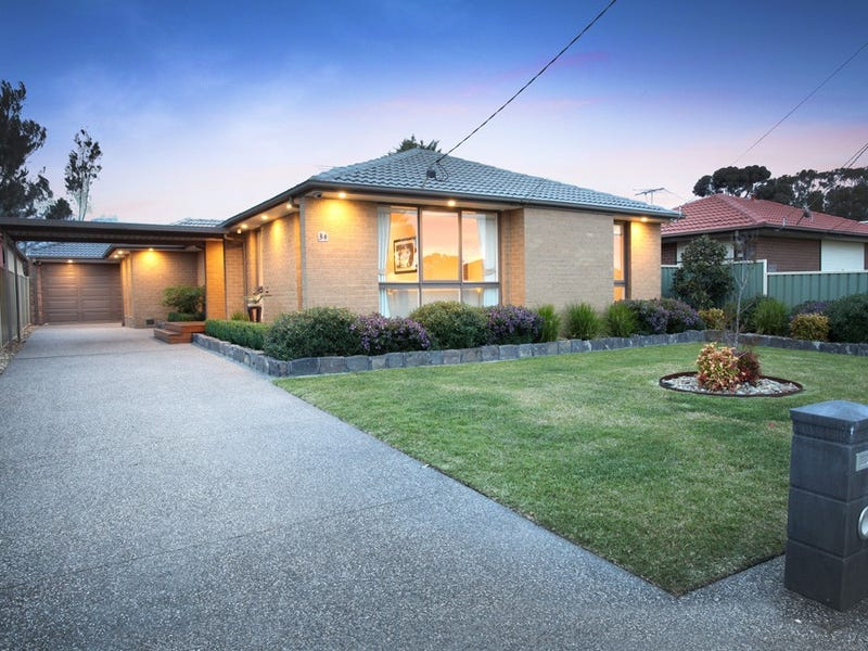 34 Handsworth Crescent, Tullamarine, Vic 3043
