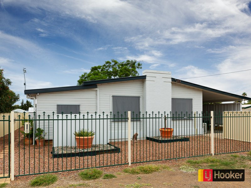 8 Jenkin Street, South Tamworth, NSW 2340