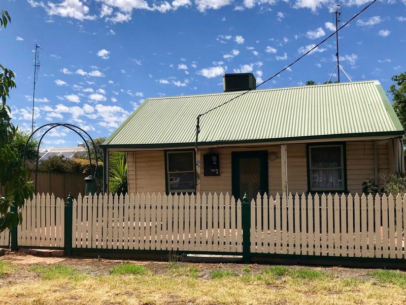 33 Echuca Street, Moama, NSW 2731