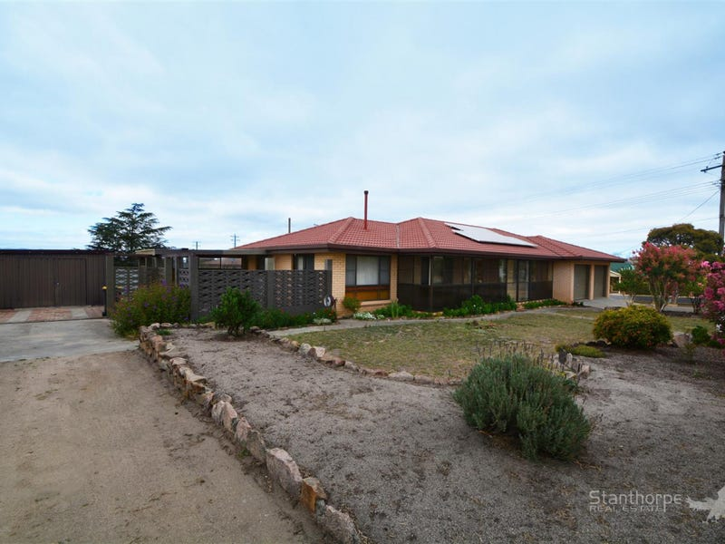 77 College Road, Stanthorpe, Qld 4380