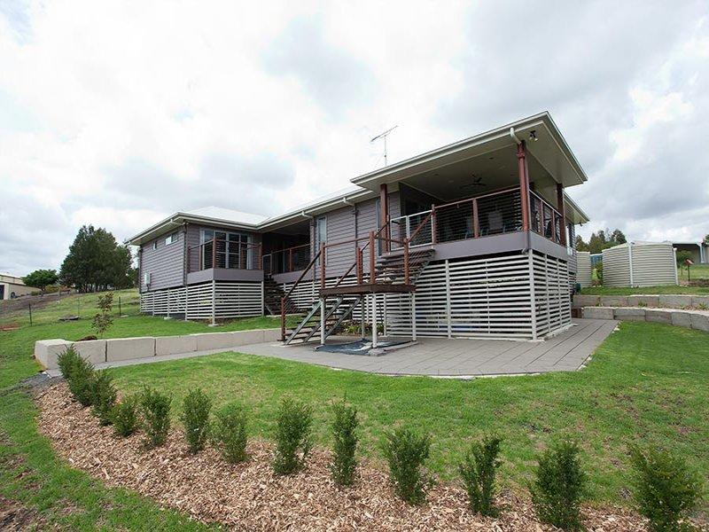 8 Kisket Court, Hodgson Vale, Qld 4352