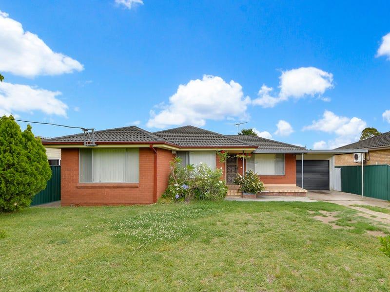 13 Salisbury Avenue, Glenfield, NSW 2167