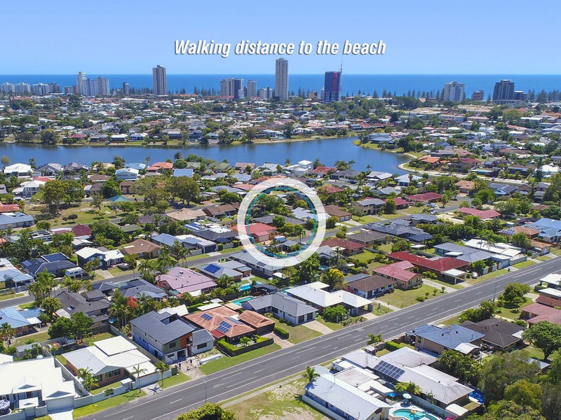 11 Dabchick Drive, Burleigh Waters, Qld 4220