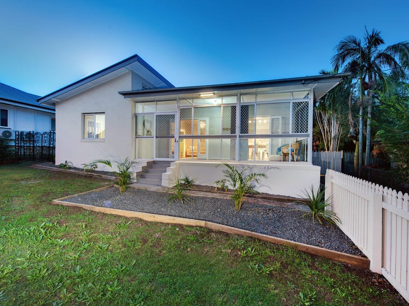 180 Blackstone Road, Silkstone, Qld 4304