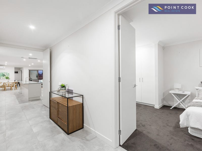 15 Altitude Drive, Point Cook, Vic 3030