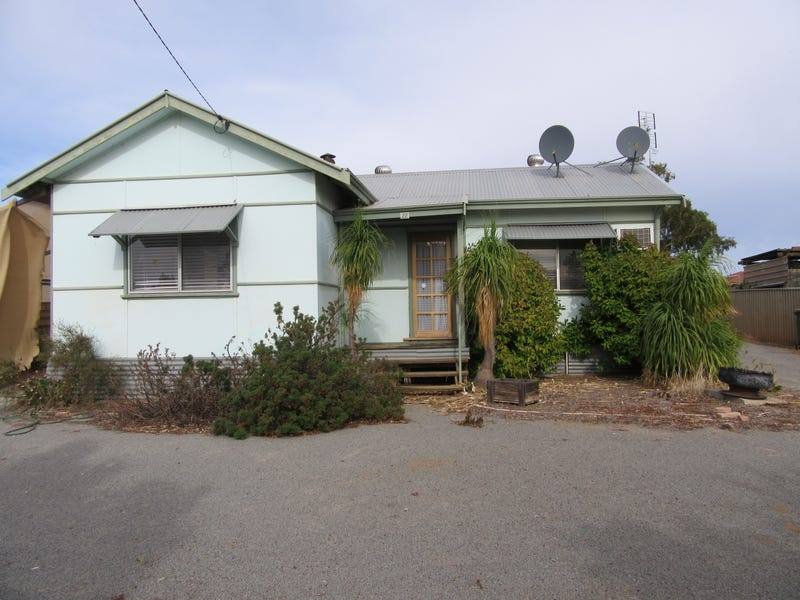 22 Railway Avenue, Carnamah, WA 6517