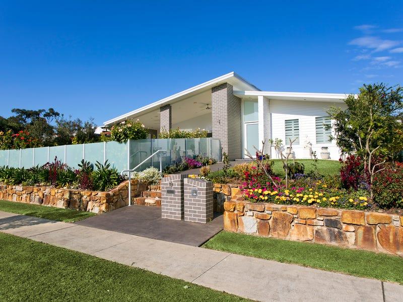 19 Green Bluff Rd, Sapphire Beach, NSW 2450