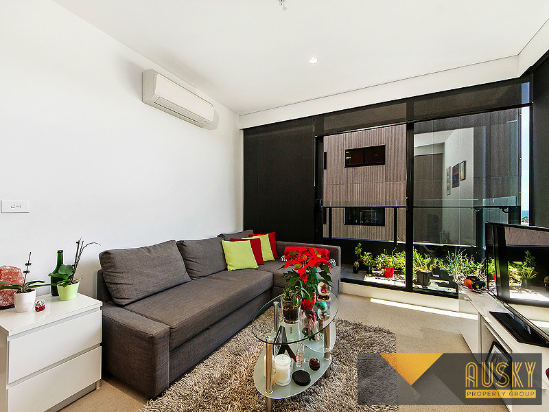 2201/50 Albert Road, South Melbourne, Vic 3205