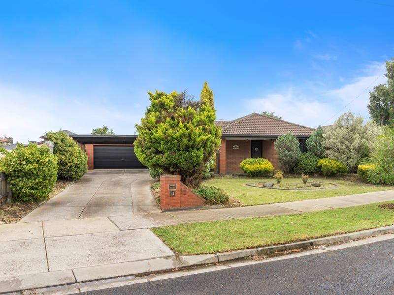 15 Sheahan Crescent, Hoppers Crossing, Vic 3029
