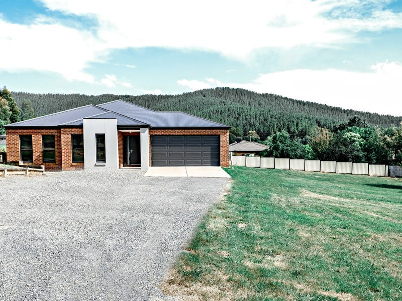 40 Piazza Crt, Myrtleford, Vic 3737