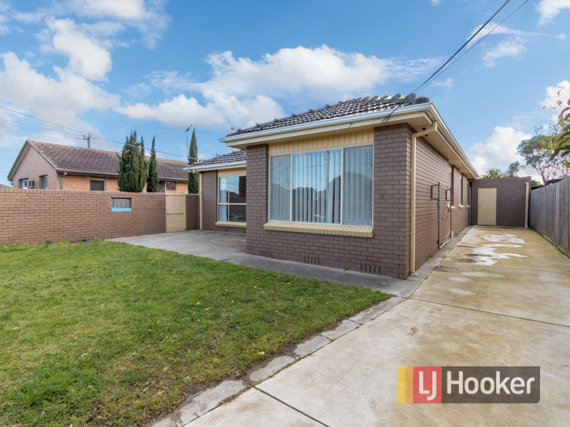 1/74 Hammond Road, Dandenong South, Vic 3175