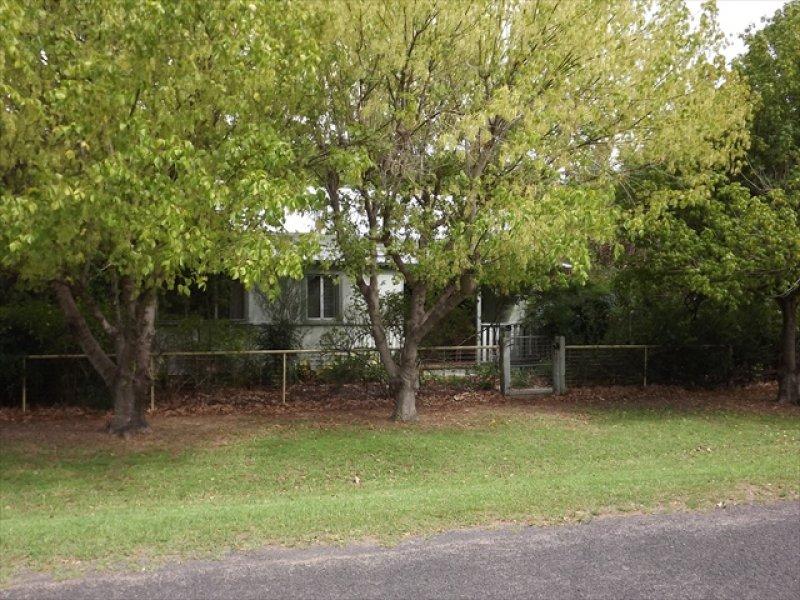 5 Norman St, Binnaway, NSW 2395