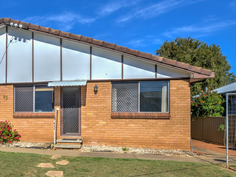 2/95 Piper Street, Tamworth, NSW 2340