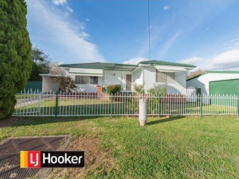 10 Brolga Crescent, Oxley Vale, NSW 2340