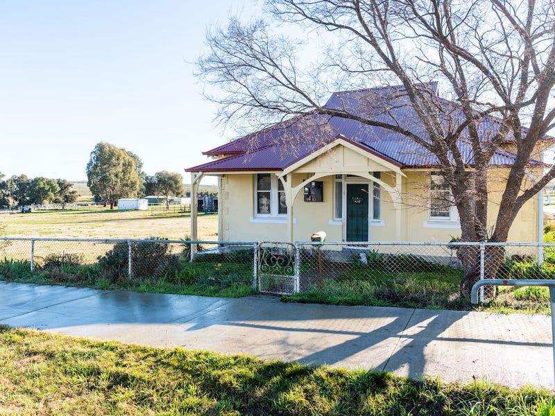 77 North Street, Harden, NSW 2587