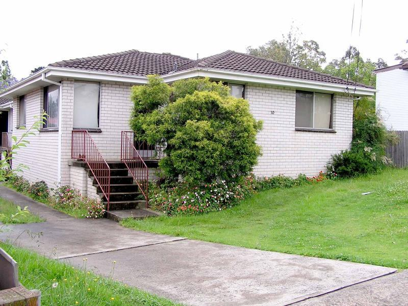 Address available on request, Unanderra, NSW 2526